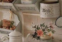 Kitchen / by Jessie Repriels