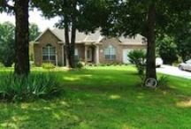 Arkansas Real Estate / Arkansas homes, farms, lake, river, land, commercial and other real estate for sale.