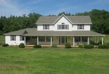 Tennessee Real Estate / Tennessee homes, farms, lake, river, land, commercial and other real estate for sale.