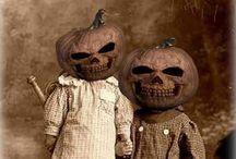 Vintage Halloween Costumes / Creepy old Halloween pictures.