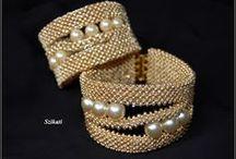 bead bracelets /