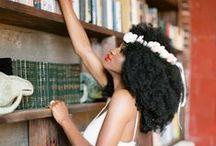 Inspiration Instants de Filles Smooth'N Shine - Very Good Moment / Schwarzkopf vous propose de découvrir sa nouvelle gamme Smooth'N Shine entièrement dédiée aux cheveux crépus, frisés et défrisés !   Organisez pour vos copines un vrai instant de filles où vous pourrez chouchouter vos cheveux afro-caribéens et prendre soin de vous jusqu'au bout des ongles, grâce aux accessoires du kit Smooth'N Shine que vous recevrez si vous êtes sélectionnées : produits de la gamme, nécessaire de coiffure, maquillage, vernis...