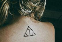 Tattoos & Piercings / by Amanda Fernandes