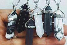 Accessories and bags <3 / The perfect way to make a outfit better....is accessories and the perfect bag