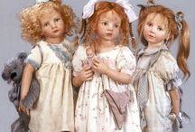 Poppen, en prachtige kleding voor poppen / Alleen poppen lijkend op kinderen