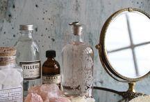 Bathroom / Inspiration for bathroom makeovers.