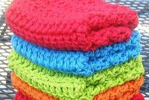 Knitting / by Katie Matthews