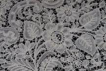 bobbin lace (discontinuous)