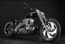 NoCTI : 2006 HD FXSTB 300 Wide Tire Custom