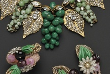 Miriam Haskell Jewelry / How inspiring is the story of Miriam Haskell who established a little gift shop and with other talented designers created a brand that's still world-famous!