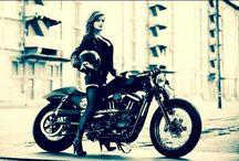 Harley Davidson Girls / Chicas motociclistas