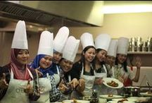Corporate Cooking Classes / The kitchen is a wonderful place to break down barriers and encourage teamwork and co-operation!
