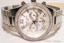 Bejeweled Ladies Watches / Gems on Rolex watches http://www.wonderfinds.com/s/qq-Ladies+Rolex