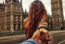 """Murad Osmann - Suis moi / """"Murad Osmann, un producteur basé à Moscou, utilise son compte Instagram pour poster des photos de sa petite amie qui le conduit, par la main, à travers des paysages époustouflants du monde entier dans une série de photos intitulée """"Suis-moi"""". """" (infos yahoo) Ceci est une sélection de mes photos préféré de cette série. Pour plus de photos : http://instagram.com/muradosmann/"""