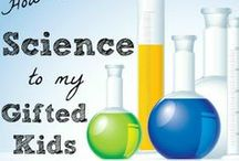 Teaching Science / How to teach science in your homeschool.