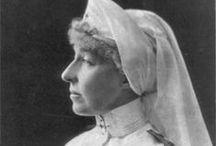 Nurses in First Great  War / Infermiere Volontarie della Grande Guerra. Sisters in Great War.