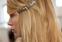 Accessories / Hair swag.