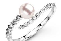 Shiny jewelry / Awesome shiny jewelry! / Biżuteria z diamentami, perłami i kamieniami szlachetnymi.