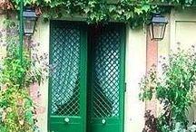 Doors / How can a door change a home?