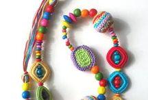 Collares y aros a crochet / crear y diseñar artesanías innovadoras...