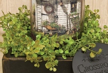 Florals - Country Style / Country Style greenery and florals add color and texture to your homes' decor.