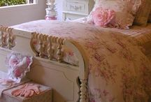 AWESOME Bedrooms! / Um, can you say AWESOME!? / by Cheyenna Faith Woods