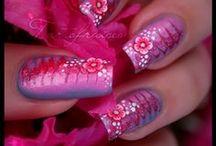 Manicures!!! / :D / by Cheyenna Faith Woods