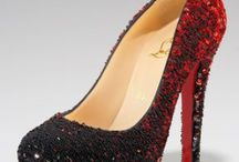 Fab SHOES / by Johnnie Bradt