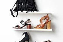 Accessoires & Chaussures / Tous les Its de la saison pour accorder votre tenue avec pertinence et gout! Car oui une jolie tenue passe également dans tous les petits détails qui font de vous la fashionista !!