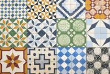 mo$aique & caяяeaux ci♏ent / mosaic _ mosaique _ carreaux ciment _ tiles _assemblage de couleur,ça fait pétiller les yeux. / by αиƥhεℓia ⇴ ﮐϯe√ia