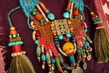Ɱɛrvɛiℓℓɛs   ժย    Ɱondɛ  ☛  ........   (nan, c'est pas du chocolat!) / bijoux ethnique ou d'inspiration ethnique / by αиƥhεℓia ⇴ ﮐϯe√ia