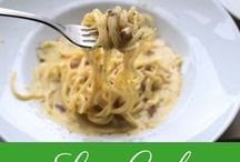 Low Carb Pasta // Low Carb Nudeln / Herzlich Willkommen - Hier findest du zahlreiche Low Carb Pasta Rezepte // Low Carb Nudelrezepte: Gemüsenudeln, Low Carb Lasagne, Nudeln ohne Kohlenhydrate, glutenfreie Nudeln, Zucchininudeln, Pasta ohne Kohlenhydrate, Pasta ohne Weizen, Rettichnudeln, Karottennudeln, Pasta Rezept, Nudelrezepte, gesunde Nudel Rezepte, gesunde Ernährung