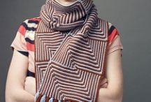 Crochets, tricots et tricotins qui me plaisent / by Berangere Huber