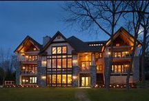 Lake Homes / Banks of windows, expansive vistas. Weekend get-a-ways or full-time homes. www.windsorwindows.com