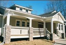 Craftsman Style Homes / Windsor Windows & Doors' products have the classic styling to complement your craftsman style home. www.windsorwindows.com #windsor #windows #pinnacle #craftsman #traditional #wood #clad www.windsorwindows.com