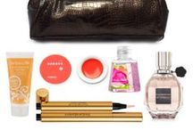 Handbag Essentials / The essential accessories and beauty products we all need in our handbags!
