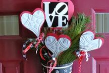 Valentine's Decorating / We've collected the best Valentine's window and door decorating ideas just for you!