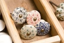 Did I mention I've got a thing about CERAMIC KNOBS too!!! / Beautiful ceramic knobs