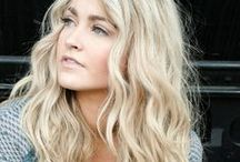 Blonde / From the coolest platinum to the warmest golden, this board is all about the blonde!