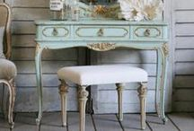Dressing tables. Beauty Storage. / all things beauty