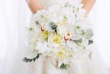 Wedding Bouquets // light