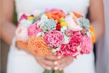 Wedding bouquets // colorful