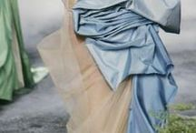 Gowns: Gorgeous Gowns & Dresses / Images and photos of exquisite gowns & dresses!