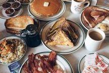 Miam Miam / Il y en a qui mange pour survivre mais moi je manger par plaisir et oui j' aime manger et cuisiner il y a rien de malle à ça ! / by Victoria M