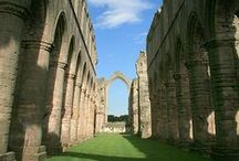 Fountains Abbey / Fountains Abbey is one of the largest and best preserved ruined Cistercian monasteries in England. From humble beginnings the magnificent abbey was established by devout monks seeking a simpler existence. The atmospheric ruins that remain are a window into a way of life which shaped the medieval world.