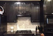 Backsplash Tile / Kitchens we love