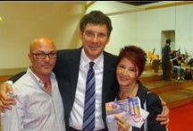 Libro Cercando Fabrizio con Amici ...famosi e meno famosi / Libro scritto da Caterina Migliazza, madre di Fabrizio Catalano, e Marilù Tomaciello
