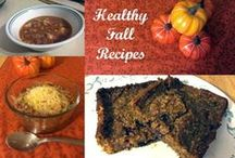 Healthy Fall Recipes / I love nothing more than pumpkin, apples and a bowl of soup or chili when the temperatures start to drop. Try these delicious healthy fall recipes to keep you warm and cozy all season long.
