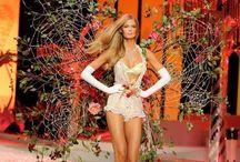 Victoria's Secret / Victoria's Secret Fashion Show