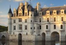 Castles, Chateaus and Stately Homes / Beautiful residences throughout the world